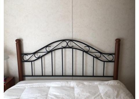 Queen bed frame & bed frame
