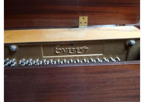 1885 Evertte piano