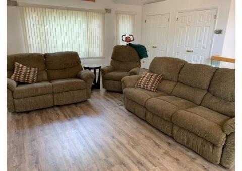 Comfortable sitting area set